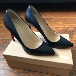 Christian Louboutin Pigalle Classic Pumps Heels